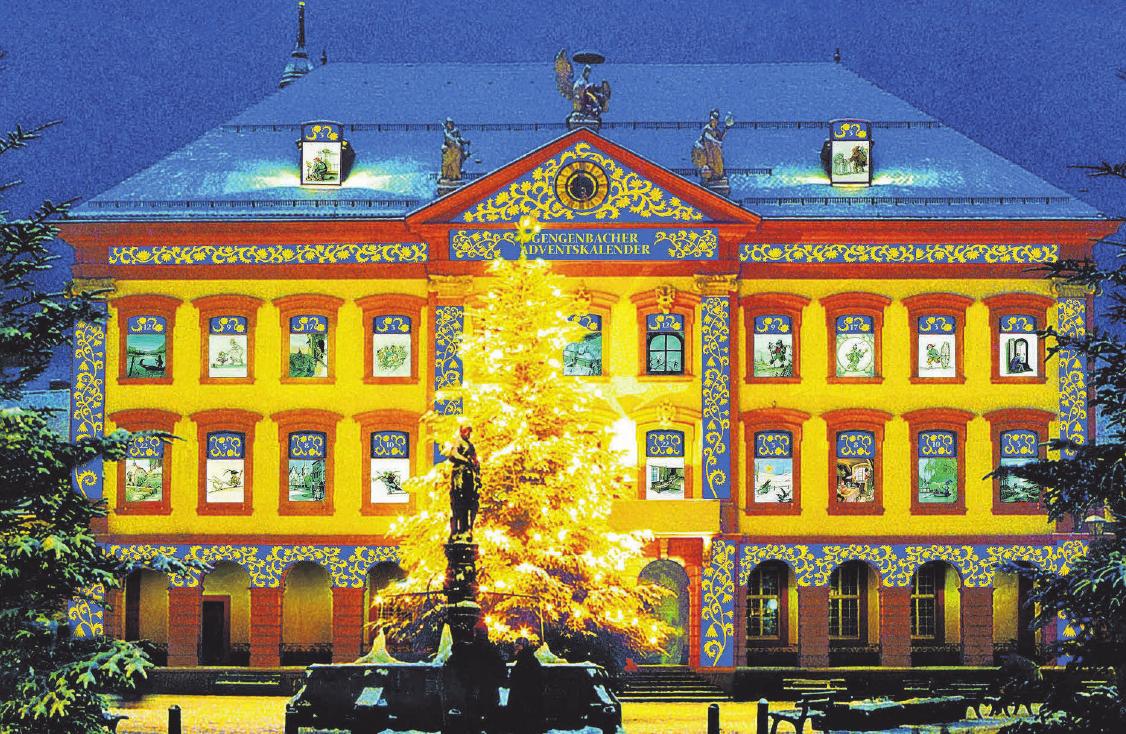 Der größte Adventskalender der Welt befindet sich im badischen Gengenbach (Kinzigtal) - er besteht aus der Fassade des örtlichen Rathauses. Jedes Jahr schmücken die Kunstwerke eines bekannten Künstler die Fenster; jeden Abend um 18 Uhr wird ein neues Fenster geöffnet. In diesem Jahr sind letztmals Bilder von Pop-Art-Künstler Andy Warhol zu sehen.FOTO: STADT GENGENBACH