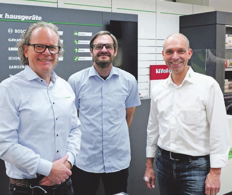 Das Team von EP:Maxx setzt sich für Reparaturen ein (v. li.): Dirk Sander (Geschäftsführer), Björn Fuchs (Technischer Meister) und Georg Suhrau (Geschäftsführer). Foto: EP:Maxx