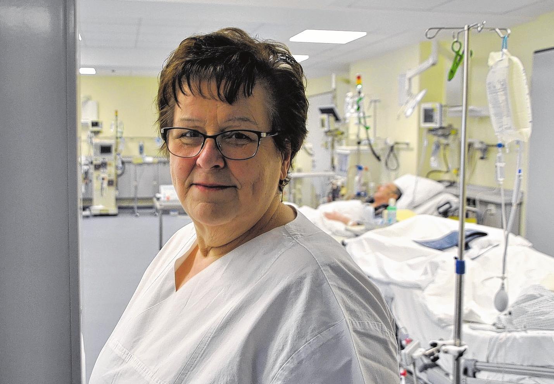 Daniela Paesler ist seit 1978 im Klinikum Karlsburg tätig, seit 1994 als Dialyseschwester.