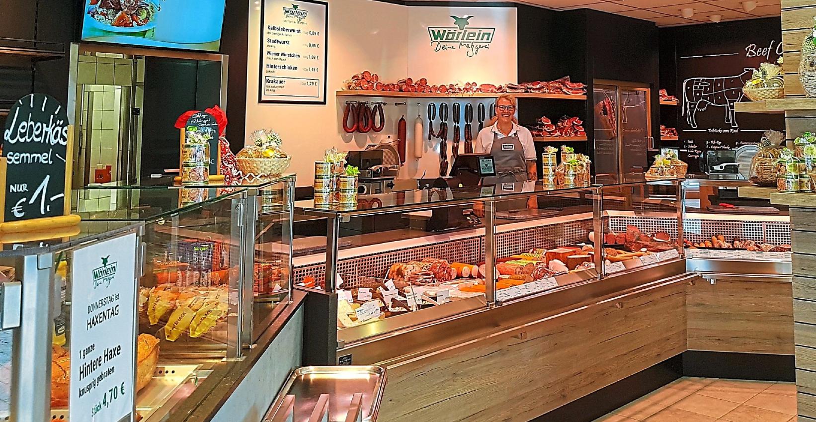 Alles neu: Nach einem Umbau begrüßt die Metzgerei Wörlein ihre Kunden in der Weißenburger Straße in Eichstätt in neuen Räumlichkeiten. Das schmackhafte Mittagessen oder eine Brotzeit können die Kunden im geräumigen Sitzbereich genießen oder auch mitnehmen. Fotos: Bauer