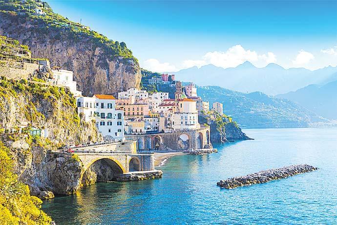 Wunderbare Straßen führen die Amalfiküste entlang. FOTO: HFR