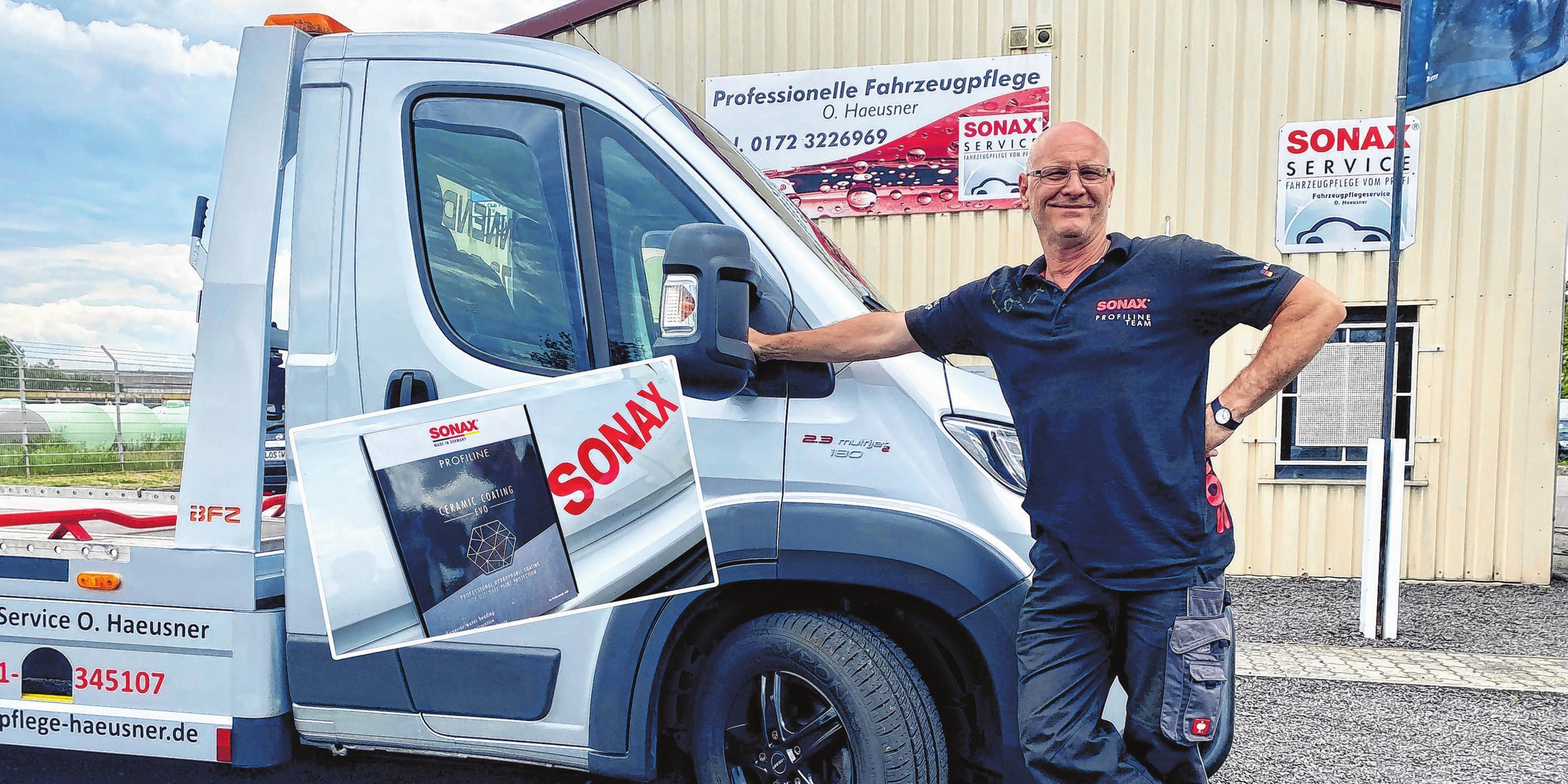 """Professionelle Fahrzeugaufbereitung durch die Firma """"Fahrzeugpflege Service Haeusner"""". Olaf Haeusner bietet seinen Kunden die Reinigung, die Pflege oder die Komplettaufbereitung von Fahrzeugen und Booten, auch zur Werterhaltung an. Der Kunde profitiert von einer über 15-jährigen Erfahrung mit der NANO-Technologie und einer 25-jährigen Berufserfahrung. Die Firma ist Zertifizierter SONAX Partner. Fotos: Alexander Winkler"""