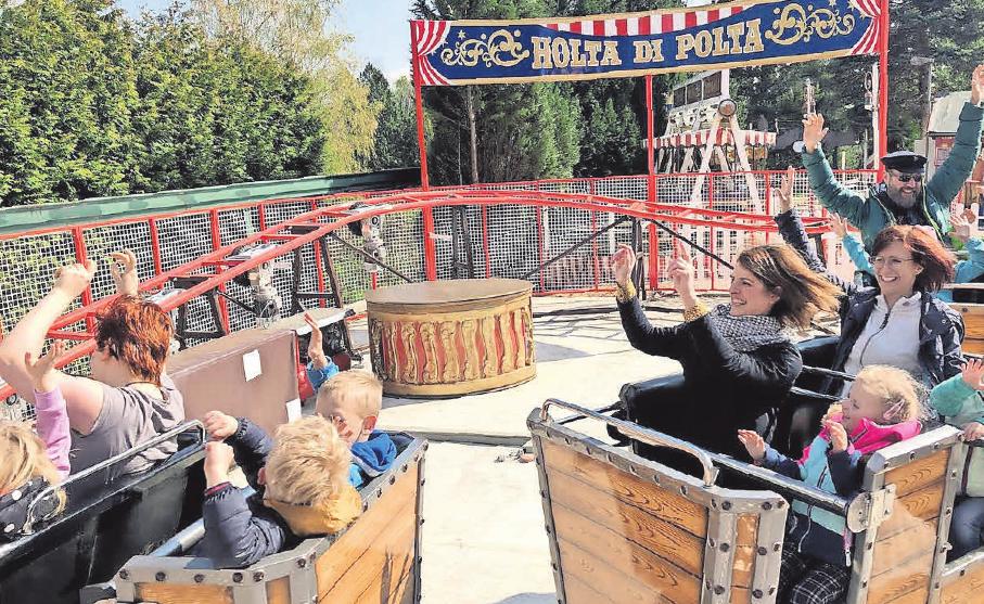 In der Mini-Achterbahn Holta di Polta schlagen Kinderherzen höher.
