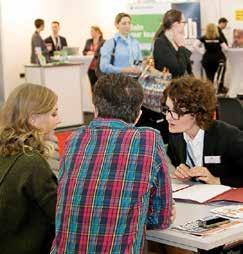 Die Jobmesse ist wie ein kleines Vorstellungsgespräch. Deswegen sind Vorbereitung und Auftreten wichtig. FOTO: BARLAG