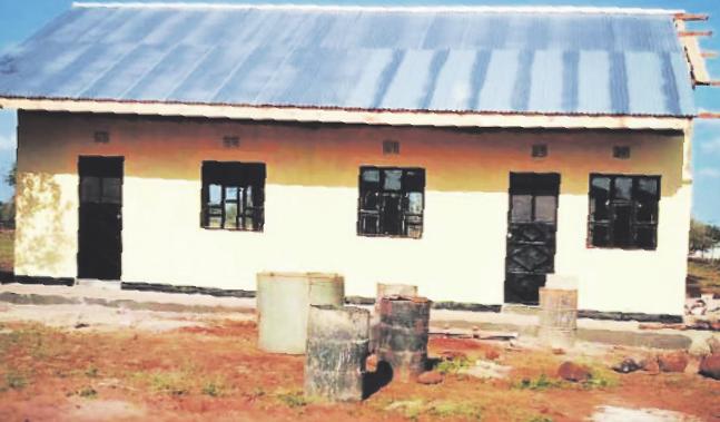 Dieses Schulgebäude konnte der Verein bereits finanzieren und bauen. Bild: Makuyuni e. V.