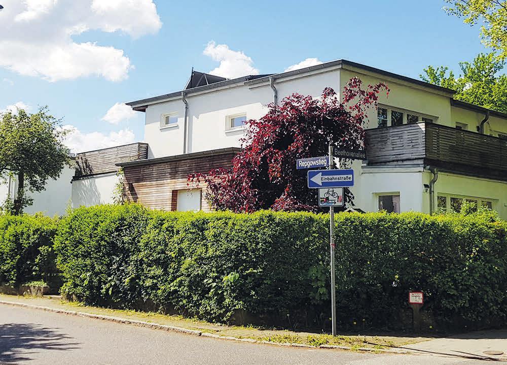 Charakteristisch für das Neue Bauen waren die Flachdächer, wie hier in der Julius-Vosseler-Straße/Ecke Repgowstieg