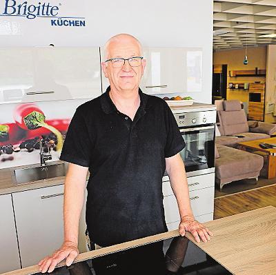 Möbel Bischoff: Hubert Bischoff fertigt individuelle Möbel an. FOTO: TKN