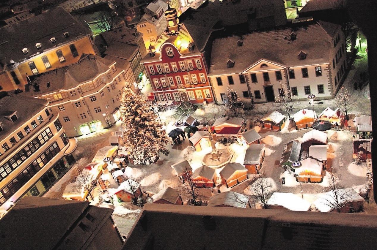Herzlich willkommen zum Suhler Weihnachtsmarkt! Foto: Archiv Stadt Suhl