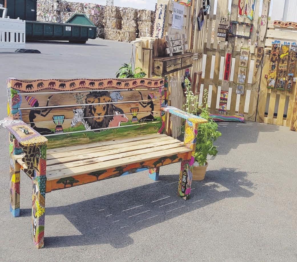 Mit kreativen Ideen und fröhlichen Farben bekommen alte Holzpaletten eine völlig neue Bestimmung.
