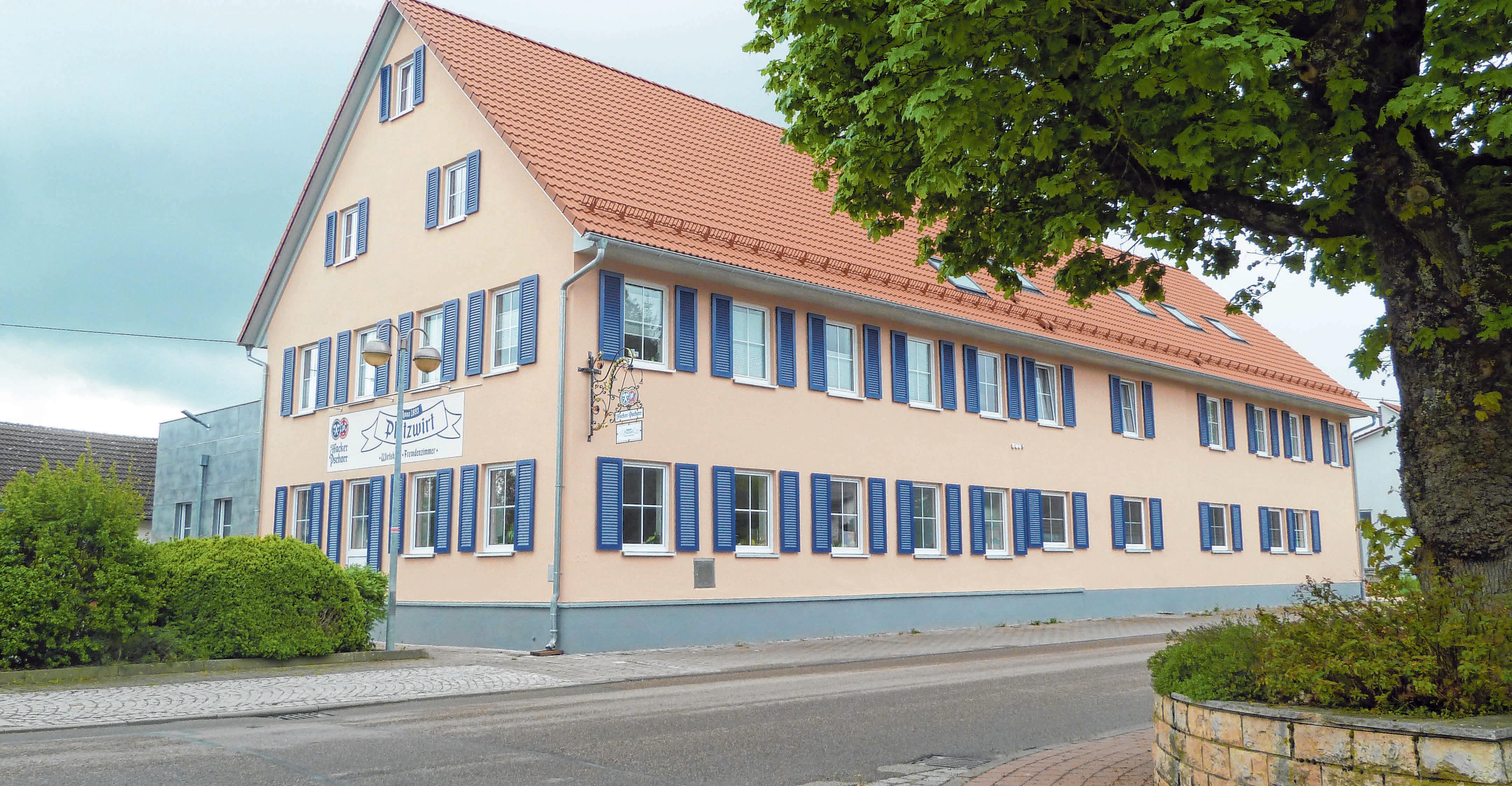 Der Platzwirt in Unterschneidheim bietet dieser Tage einen Abhol- und Lieferservice an.
