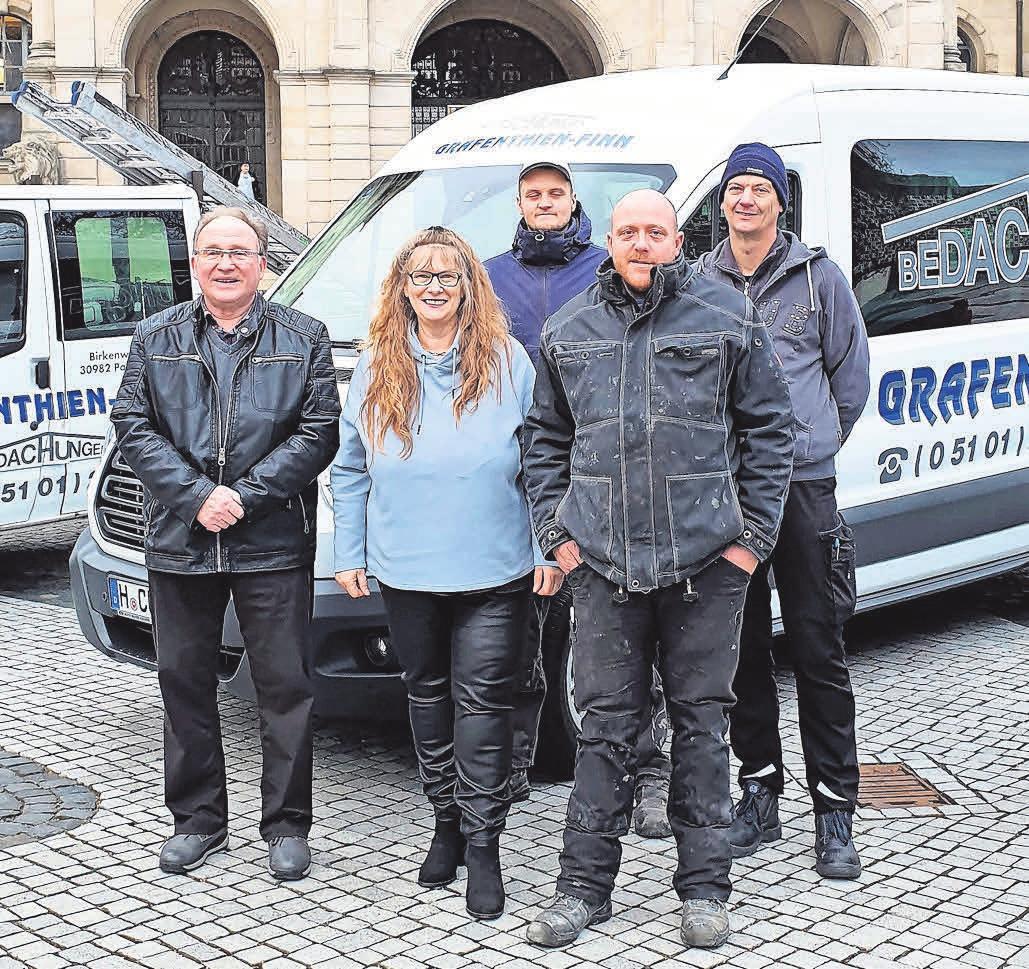 Das Expertenteam von Grafenthien-Finn Bedachungen GmbH erfüllt alle Wünsche seiner Kunden zuverlässig und mit hoher Qualität.