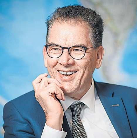 Gerd Müller ist seit 2013 Bundesminister für wirtschaftliche Zusammenarbeit und Entwicklung. Er kündigte vor Kurzem an, dass er sich 2021 aus der Bundespolitik zurückziehen will.