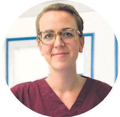 Die Zahnärztin Theresa Grosse ist neu im Team und hat sich unter anderem auf die Endodontie spezialisiert.