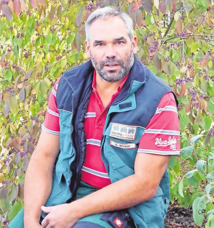 Garten- und Landschaftsbauer Sascha Winkler hofft auf mehr Auszubildende.