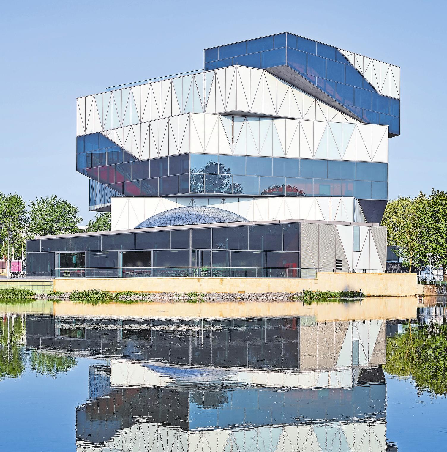 Die Experimenta ist nicht nur für Architekturfans interessant, sondern auch für Hobbyforscher aller Altersklassen.