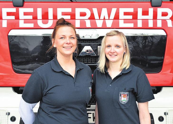 Julia Krösche und Cindy Kraßmann (von links).