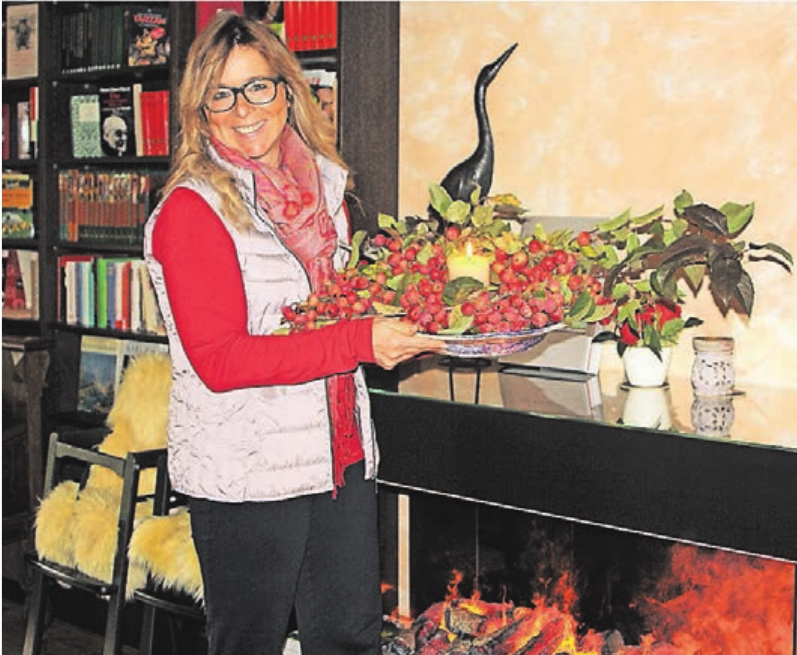 Inge van Dyck dekoriert das Hofcafé auf dem St. Töniser Obsthof mit Liebe und Geschmack passend zu den Jahreszeiten.