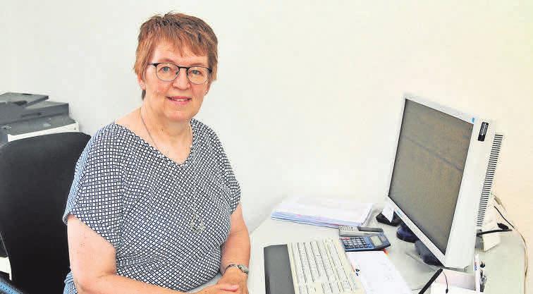 Sigrid Nowak kümmert sich bereits seit mehr als 20 Jahren um die Kundenberatung und die Schadenbearbeitung.