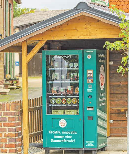 Der Verkaufsautomat ist immer gut gefüllt mit frischen lokalen Produkten.