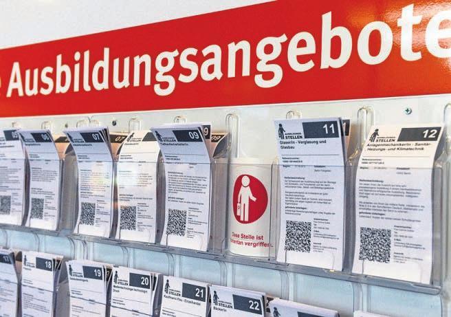 Jedes Jahr bleiben überall in Deutschland Lehrstellen unbesetzt. FOTO: JENS KALAENE /DPA