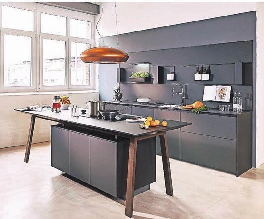 Exquisite Küchen mit modernster Technik bietet das Küchenfachgeschäft Bülles auf 1000 Quadratmeter Ausstellungsfläche
