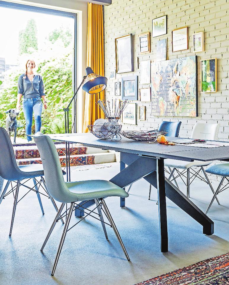 Im Trend: Tischplatten in Betonoptik. FOTO: DJD/WWW.XOOON.DE/ENZO