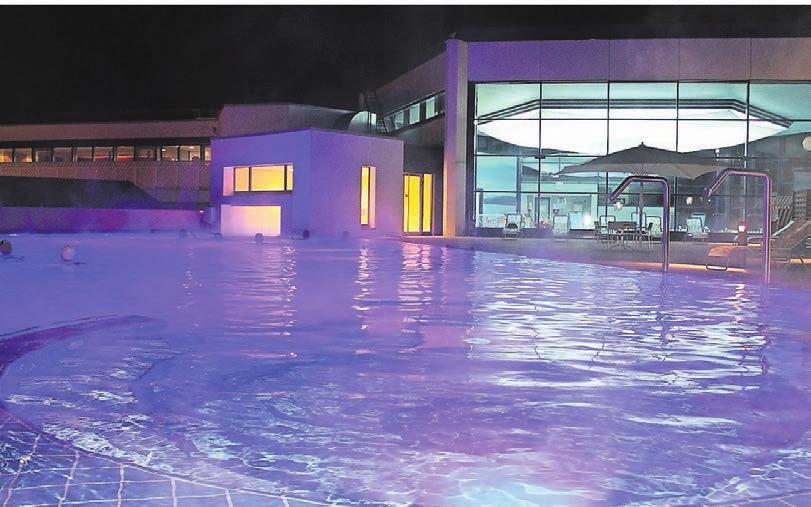 Entspannung finden Gäste im Außenbecken des Thermal-Solebads. Foto: Kur- und Tourismusgesellschaft Bad Nenndorf