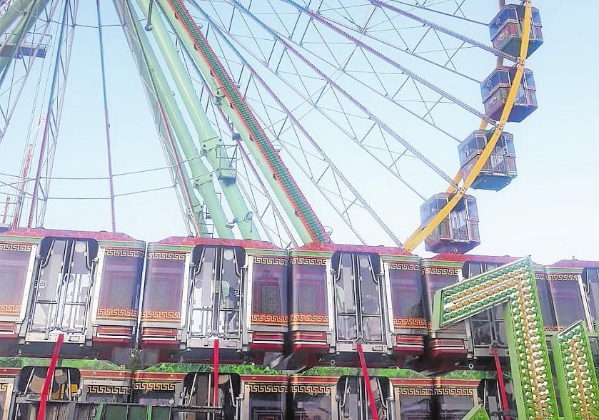 Das Riesenrad Jupiter fährt ab sofort nur noch mit geschlossenen Gondeln. FOTO: LAI