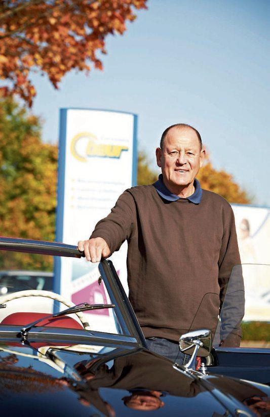 Firmengründer Bernhard Baur steht noch immer mit seinen wertvollen Ratschlägen der zweiten Generation zur Seite.