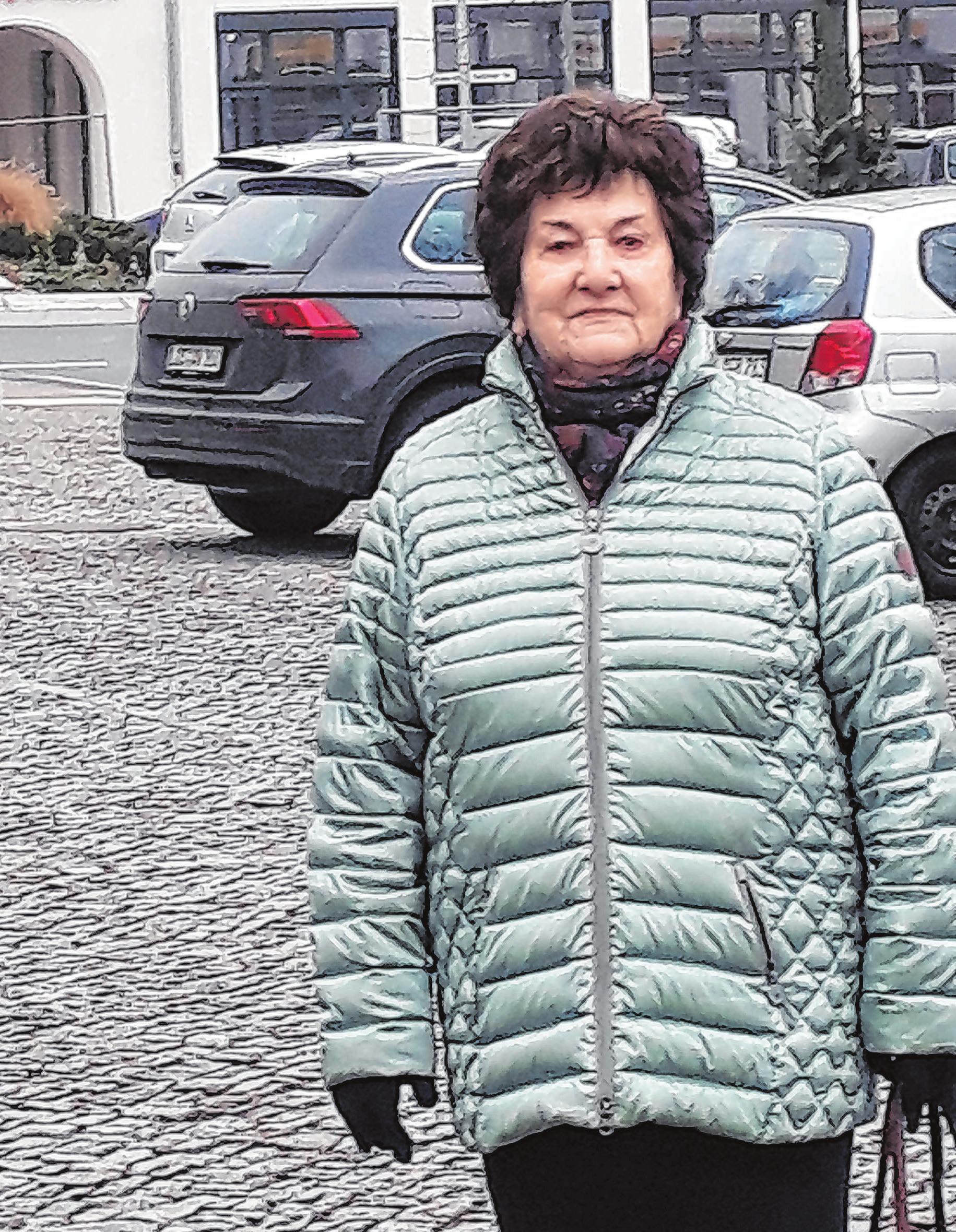 Heidi Meißner: Gut, dass ein Schandfleck verschwunden ist.Fotos (2): Bernd Rösele