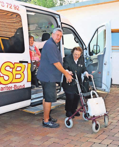 Die ASB-Tagespflege Egestorf verfügt über einen eigenen Fahrdienst.