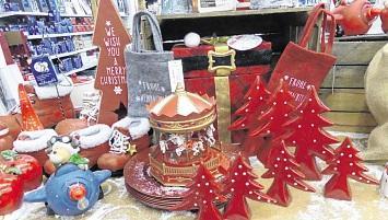 Hagebaumarkt Lübz: Weihnachtsbäume & Weihnachtsmarkt
