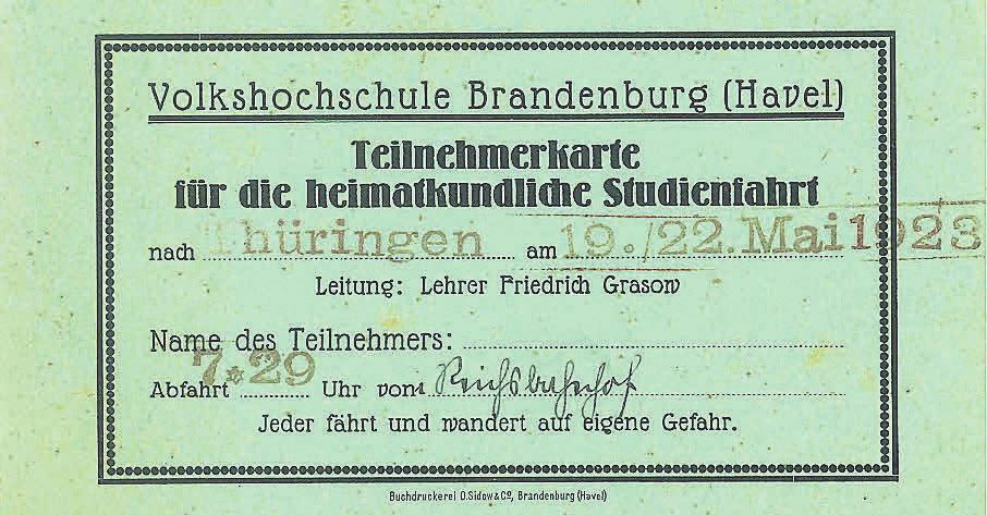 So sah eine Teilnehmerkarte für eine Studienfahrt Ende der 1920er-Jahre aus. Heute kann man sich auch bequem online für Kurse anmelden. GRAFIK/REPRO: VHS BRANDENBURG
