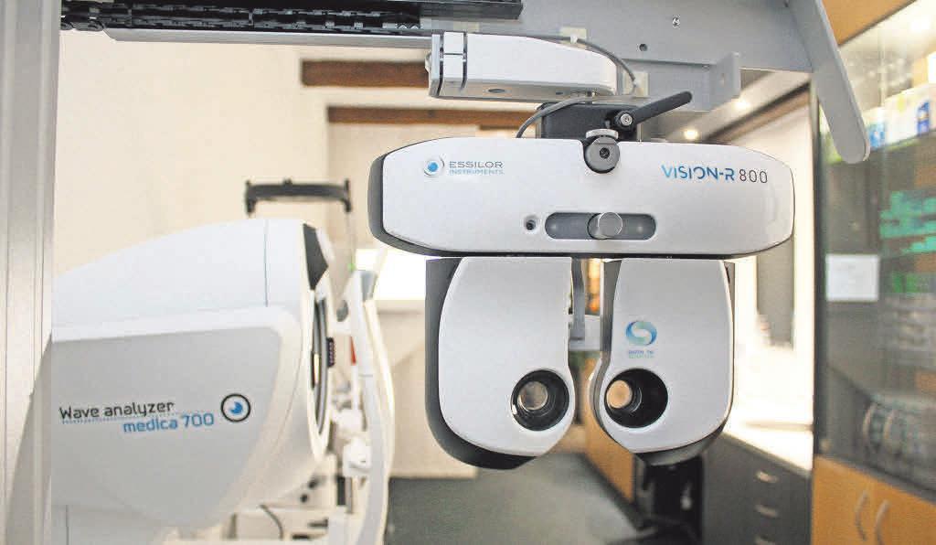 VisionR – eine Weltneuheit steht in den Räumen der Dammtor Optik. Foto: Dammtor Optik