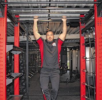 Auf dem Functional-Tower werden nicht einzelne Muskeln, sondern Muskelketten trainiert.