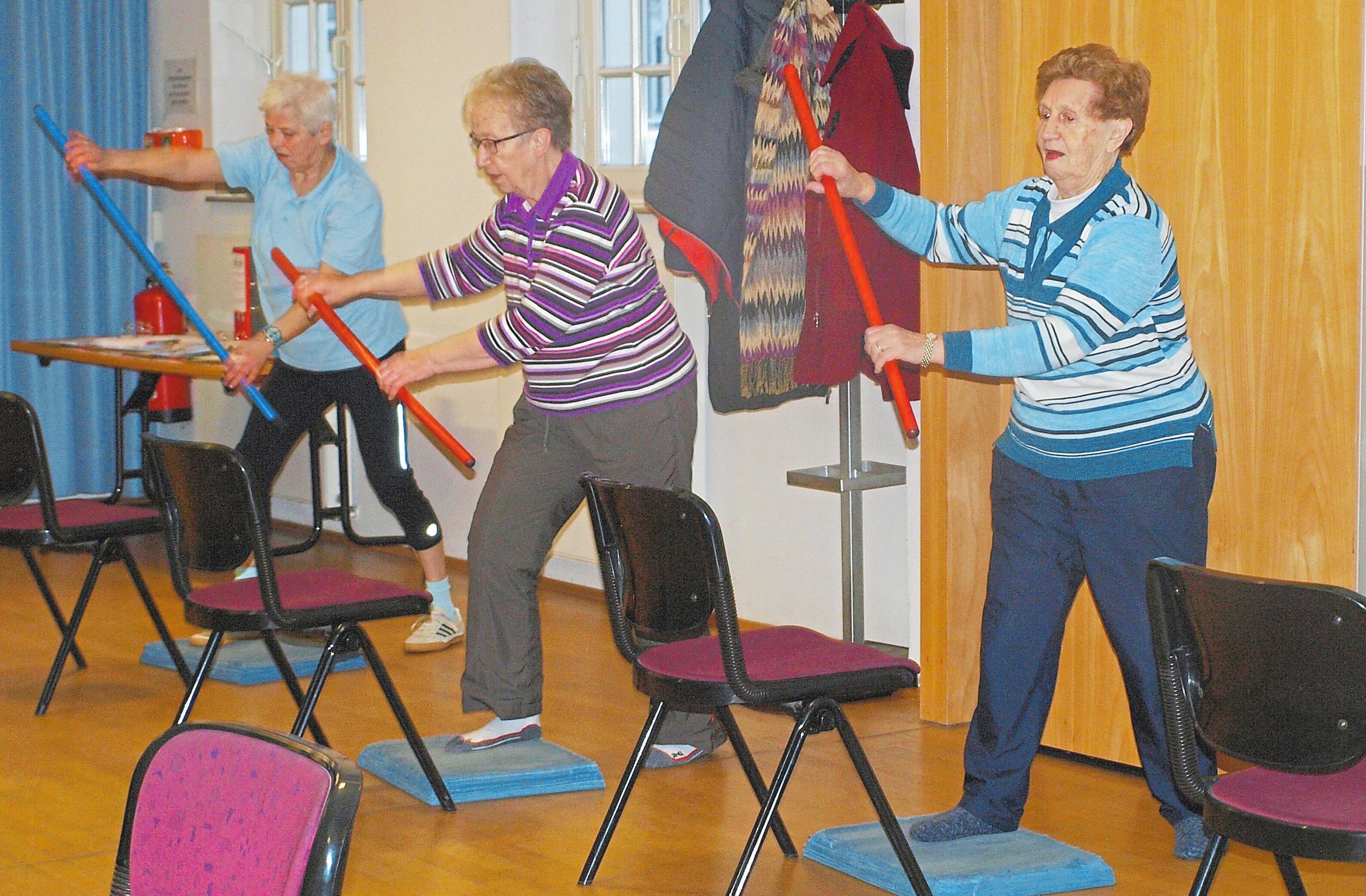 Körperlich beweglich zu bleiben, ist ein Puzzleteil, das zu mehr Lebensqualität im Alter führt.