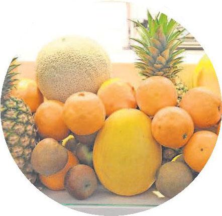 Eine üppige Auswahl an leckeren Früchten gibt es täglich im EDEKA-Ladage-Frischemarkt im Gehrden-Carré. Foto: Archiv