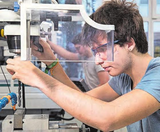 Polymechaniker/-in EFZ ist ein sehr vielseitiger Beruf mit Zukunft. Bild: Christoph Gysin