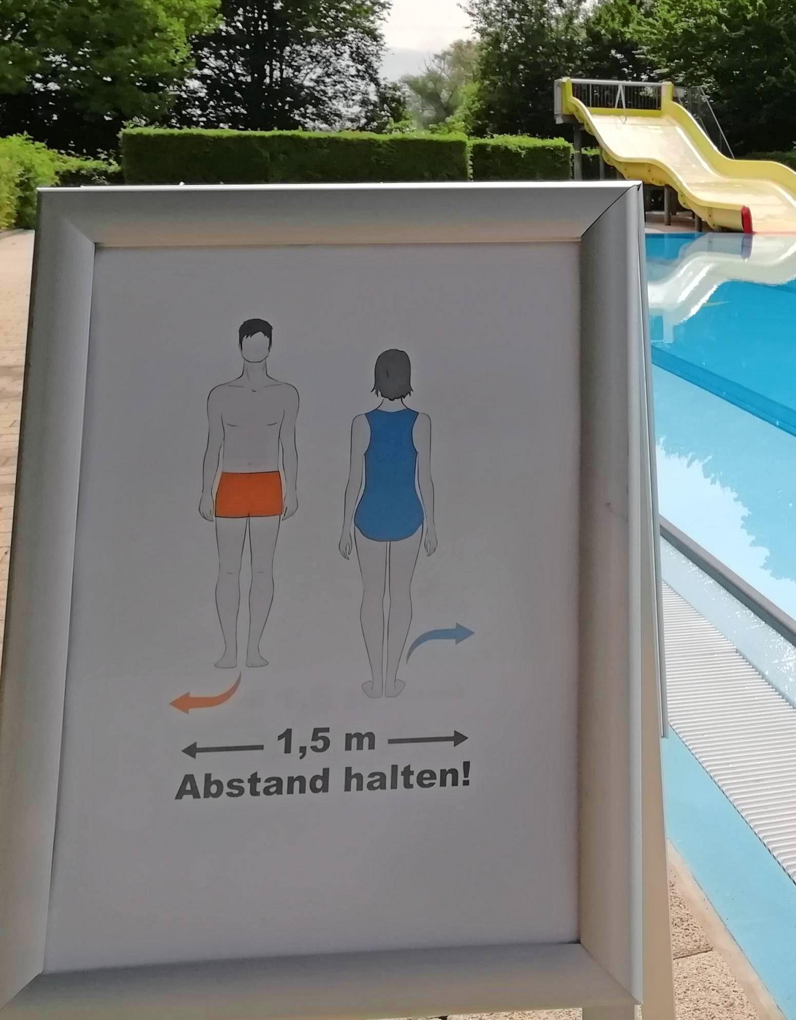 Seit Montag ist das Ernst-Freyer-Bad wieder geöffnet. Auf die Besucher wartet ein eingeschränkter Badespaß. Foto: Aquatoll