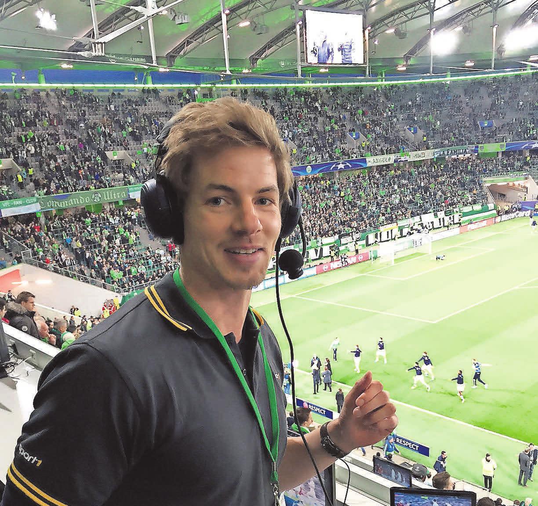 Radio-Erfahrung: Alexander Schlüter berichtete für Sport1.fm vom VfL-Spiel gegen Real Madrid.