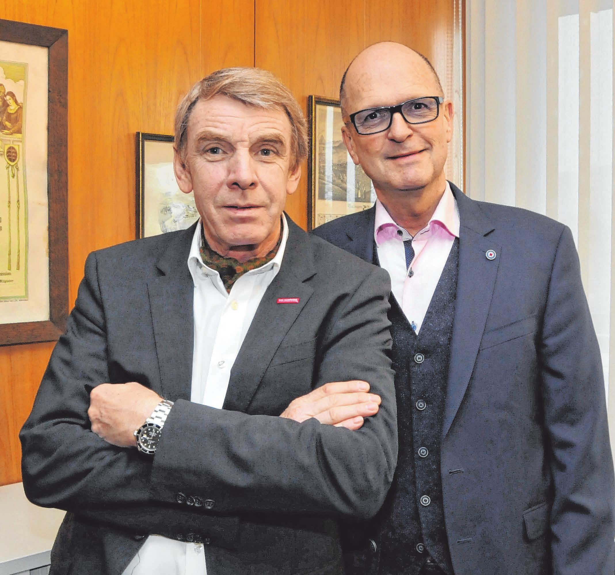 Präsident Harald Herrmann (l.) und Hauptgeschäftsführer Dr. Joachim Eisert bedauern, dass die besten Kammer-Azubis dieses Jahr nicht offiziell gefeiert werden können. Foto: pr