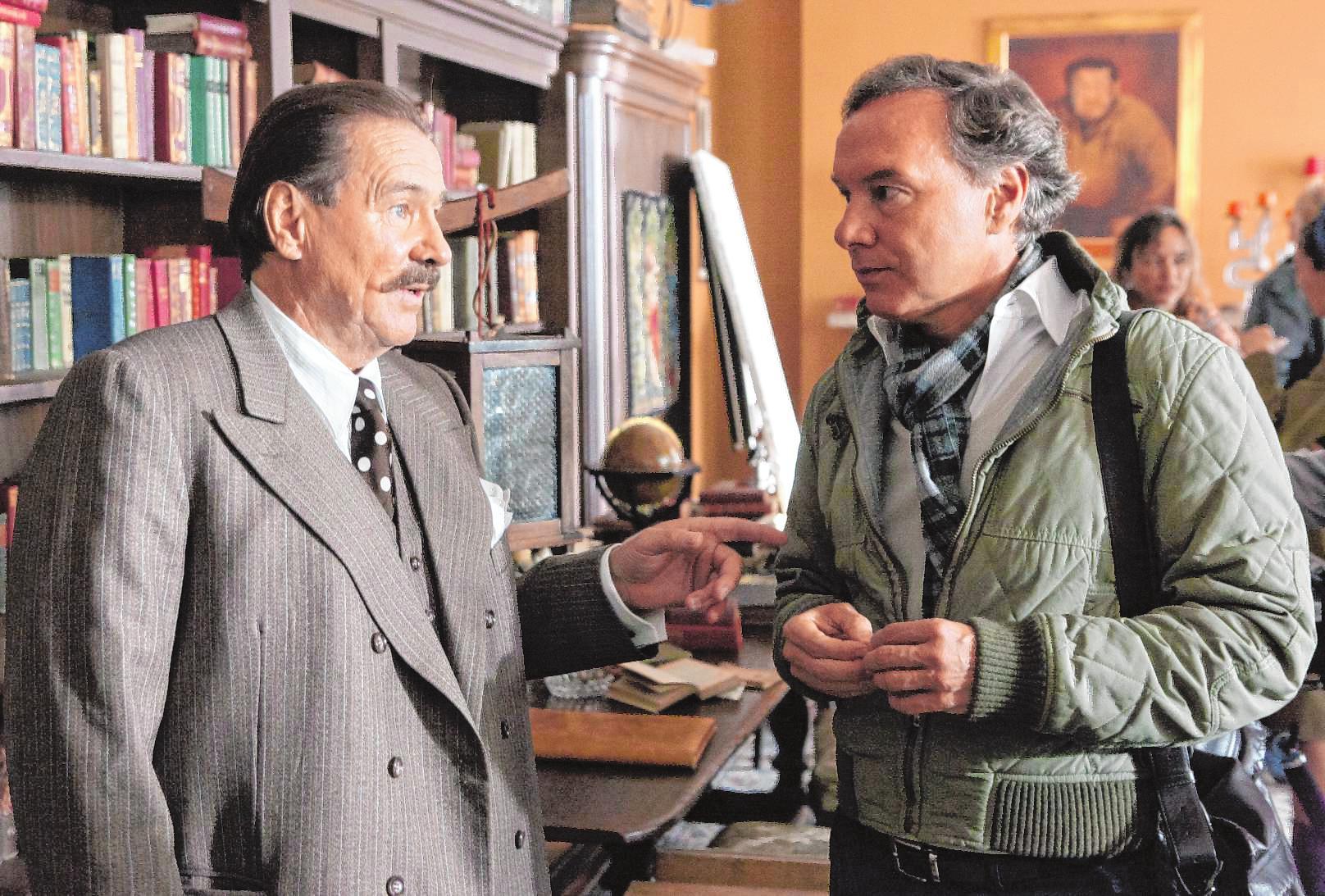 """Götz George und Produzent Nico Hofmann, hier am Set von """"George"""" verband über Jahre eine tiefe Freundschaft. BILD: SWR/THOMAS KOST"""