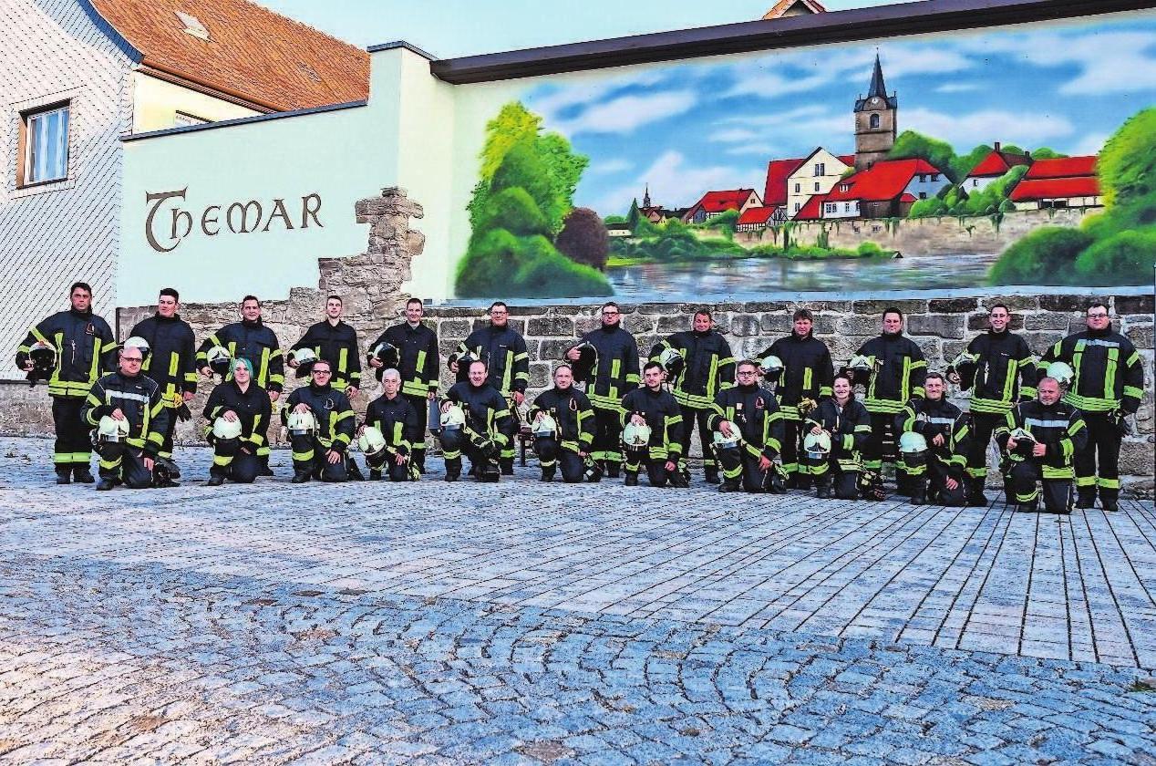 Die Kameraden der Feuerwehr Themar laden anlässlich ihres Jubiläums zu einem Tag der offenen Tür ein.Fotos: Oeckel/Archiv Feuerwehr Themar