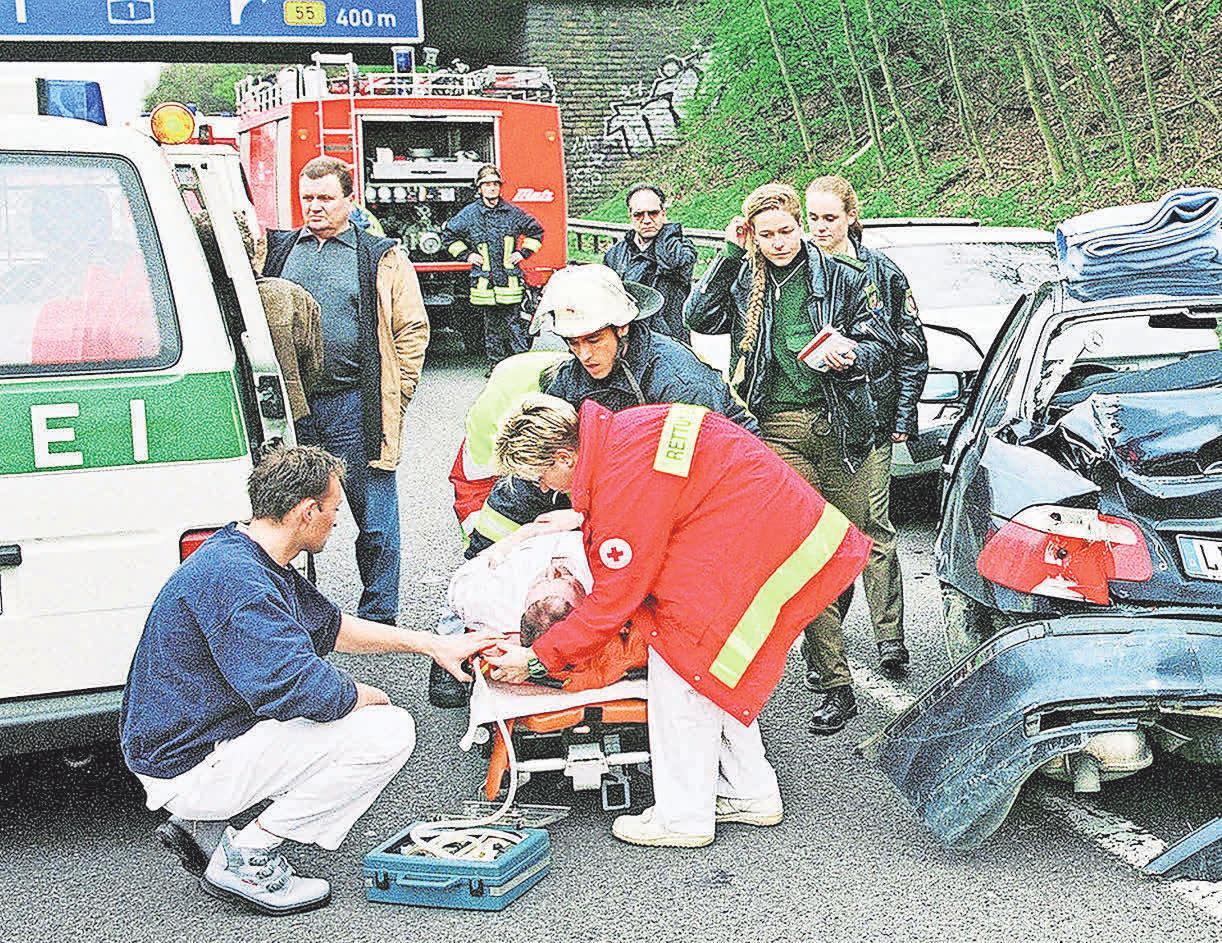 Bei Personenschäden muss immer die Polizei gerufen werden. Fotos: dpp/Autoreporter