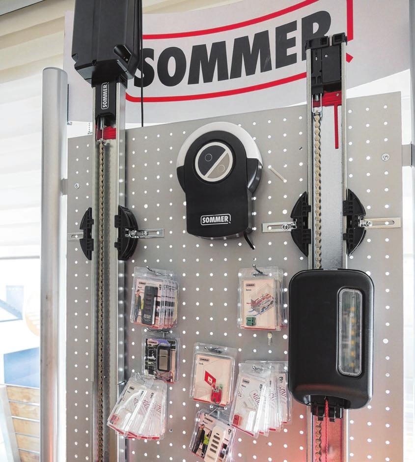 Torantriebe für Garagen- oder Hoftore werden ebenfalls fachmännisch installiert.