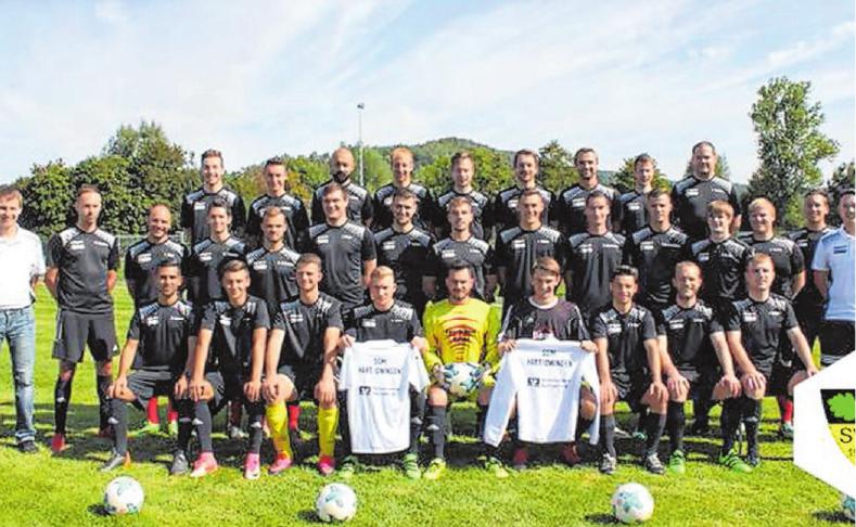 Im Rahmen der Jubiläumsfeierlichkeiten findet am Sonntag das Bezirksliga-Auftaktspiel der SGM Hart/Owingen gegen den SV Erlaheim statt.